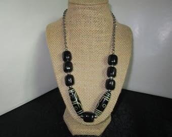 Black Barrell Shape Beaded Necklace