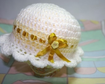Crochet baby hat,  New born gift,  baby gift,  new born baby hat.