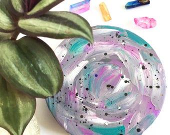 Original 10 cm Grey and Pink Iridescent Acrylic Circle Canvas