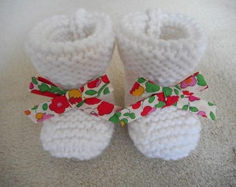 Bow and white wool baby booties liberty betsy grenadine