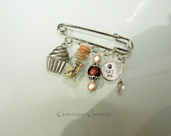 PIN 5 cm treats Cupcake cabochon and bottle charms gourmet