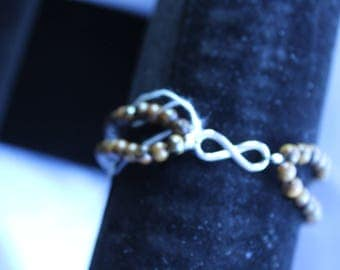 """shield"" Tiger eye bracelet"