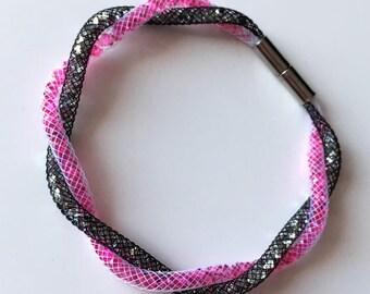Black and pink tubular Mesh Bracelet
