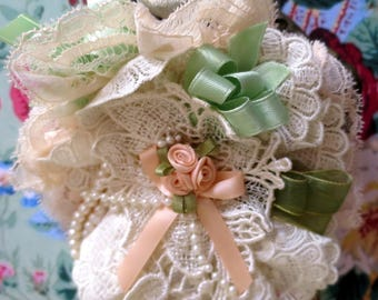 """Retro Glamour """"MARQUISETTE"""" ivory lace and velvet almond fascinator"""
