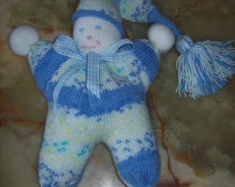 Plush Elf knit blue and white