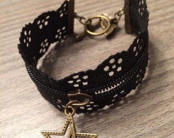 Black or white zipper bracelet