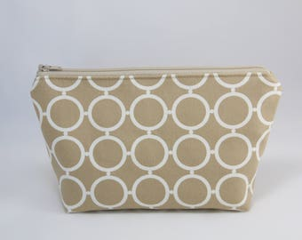 Beige and White Circles Essential Oil Bag (Essential Oil Travel Bag, Essential Oil Storage, Essential Oil Pouch, Cosmetics Bag, Makeup Bag)