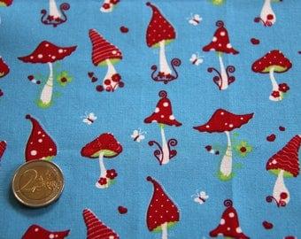coupon fabric patchwork 25 X 25 cm / mushrooms