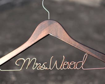 Personalized Bridal hanger,Wedding Hanger,Wire Name bride Hanger,Wedding dress hanger, Bridal Hanger, Bridesmaids Name Hanger,Rustic Wedding