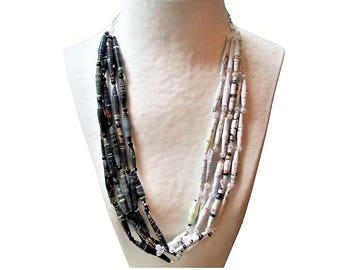 Collier femme, collier perles, collier ethnique, necklace, récup, upcycling, perles papier, noir, blanc