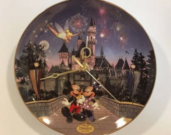 The Bradford Exchange Mickey & Minnie Mouse Collectors Plate Clocks