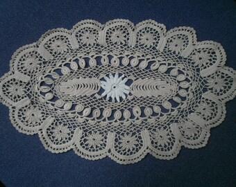 OVAL n72 crochet DOILY