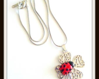 Little Ladybug on his clover 40 cm necklace