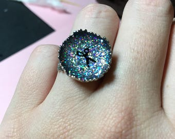 Holographic hairstylist ring