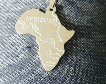 Silver Africa continent rope necklace