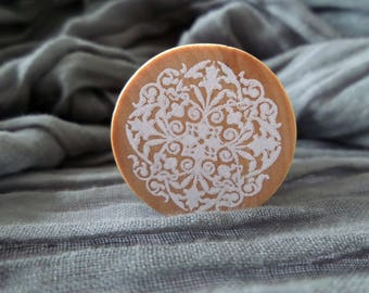 Stamp wood lace