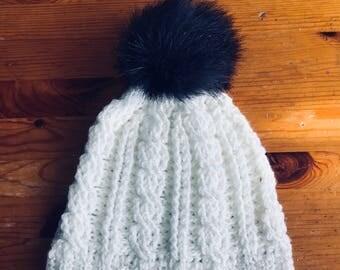 White beanie/hat