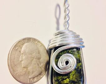 Serpentine wire wrap, wire wrapped serpentine, serpentine necklace, serpentine pendant, serpentine jewelry, wire wrapped jewelry