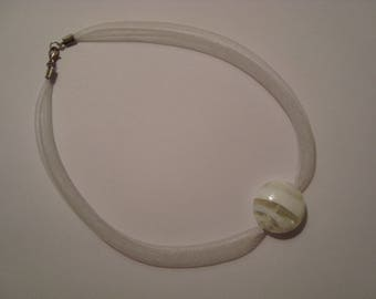 White mesh with White Pearl Necklace