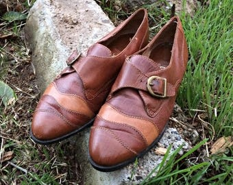 1990's Women's Brown Leather Shoes / Vintage Brown Leather Flats / Ladies Leather Buckle Flats / Leather Buckle Strap Shoes - Size 8 1/2
