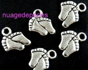 4 silver feet Tibetan pendant