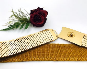 Vintage Gold Metal Belt | Retro Woman Stretch Belt with Flower on Buckle | Free Shipping