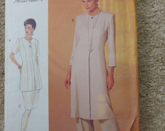 Vogue pattern 8950 The Vogue Woman Size 12-14-16