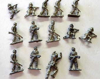 Vintage Cast Lead Military Soldiers.  // Military collector // Army // Navy // Marine // WW1 // Veitnam // War
