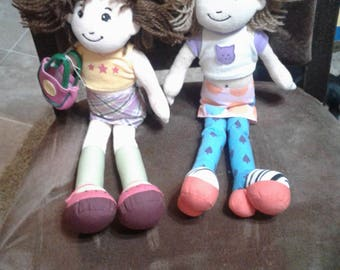 Vintage Two groovy girls dolls/toys