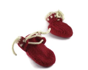 Baby felt booties red and white colours Knitted- Felted Booties Baby Filzschuhe rot-weiß
