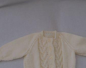 babies cardigan,babies high neck cardigan,cream cardigan,buttoned babies cardigan