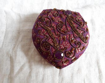 Vintage Compact Mirror, Compact Mirror, Stocking Stuffers, Embroidered Compact Mirror