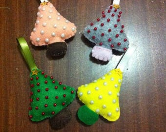 Saplings/Christmas decorations in felt made by hand