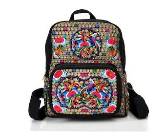 Mochila Bordada Colorida/ Colorful Embroidered Backpack