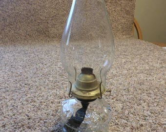 Vintage Oil Lamp with Fluted Chimney Top and Eagle Burner