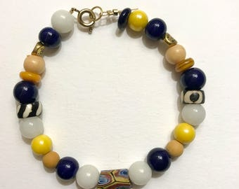 Earth Quirk Wire Beaded Bracelet