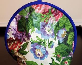 Lovely floral tea cozy