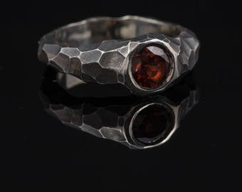 Rustic ring - Contemporary ring - Engagement ring - Silver ring - Garnet ring - Faceted ring - Edgy ring