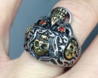Stainless steel skull men ring.