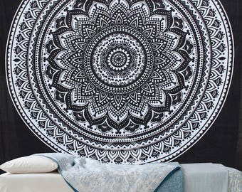 Boho Queen Size Mandala Tapestry - Black Star