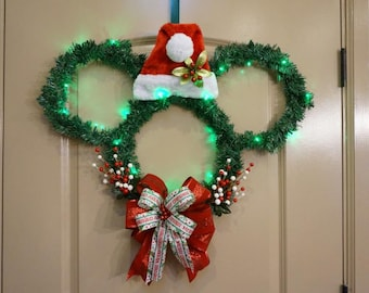 Mickey Santa Christmas Light-up Wreath