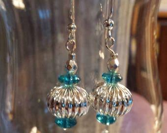 Handmade earrings - Designs by Aspen