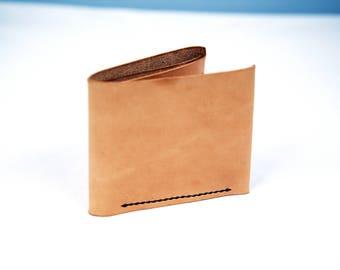 Tan-Minimal two slot, two pocket bifold