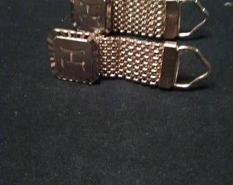 2 pair gold cuff links (M)