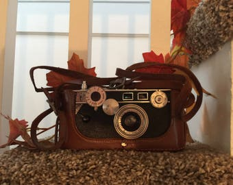 Vintage 1930's Argus Camera