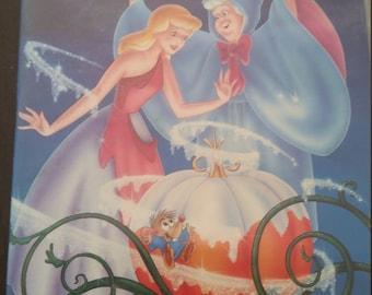 Cinderella in excellent condition copy 5