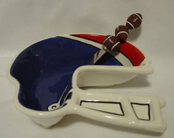 Football Touchdown Helmet Dip Bowl & Spreader Set