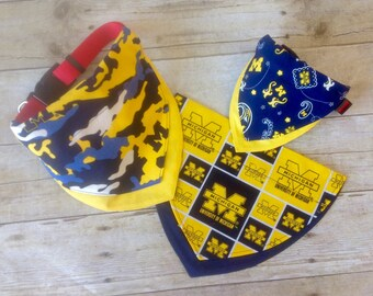 University of Michigan Wolverines Over the Collar Pet Bandana