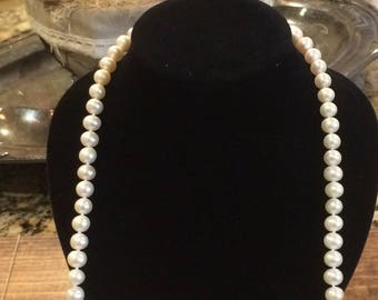 Real pearl necklace with 14k clasp