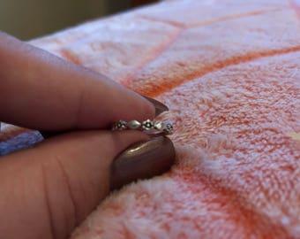 Dainty floral midi ring (2.5)
